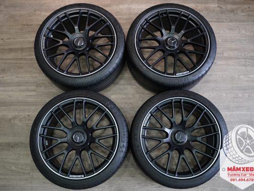 mam-xe-mercedes-benz-c63s-19-inch-kem-lop